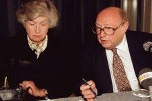 Frauen erobern die Schweizer Aussenpolitik
