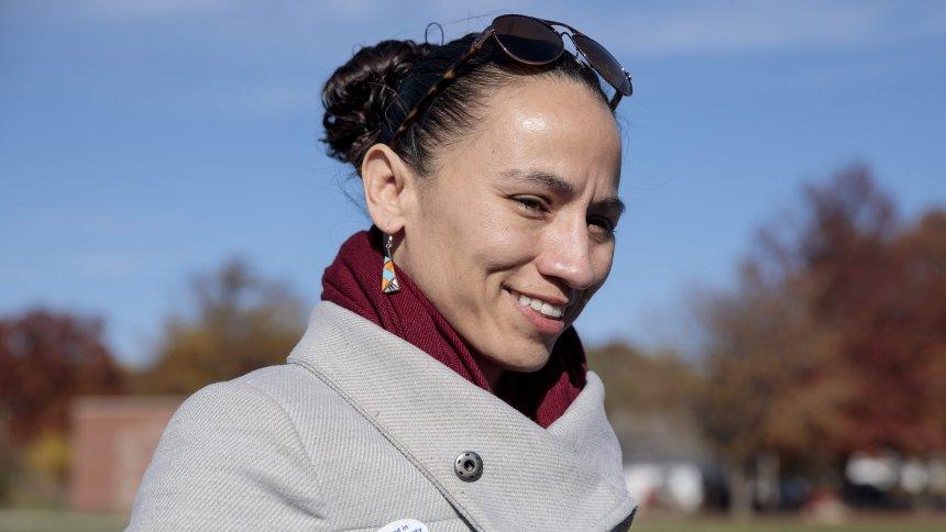 Zwei Frauen indigener Abstammung in US-Kongress gewählt – die Midterms waren auch Frauenwahlen